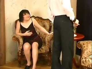 Hot Brunette MILF Is Coveting To Young Guy And Seducing Him